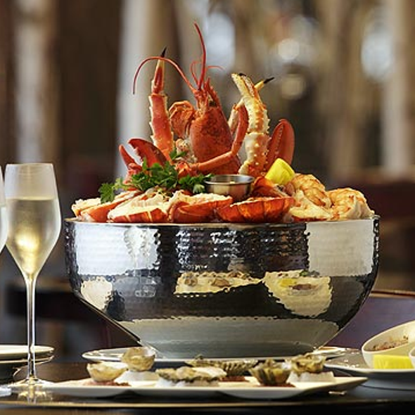 Best seafood restaurant in boston mh restaurants for Best fish restaurants in boston